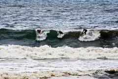 surfingowowie trzy fotografia stock