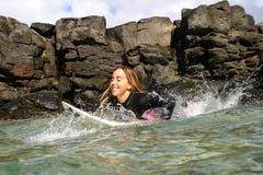Surfista Cecilia Enriquez della donna professionale Fotografia Stock