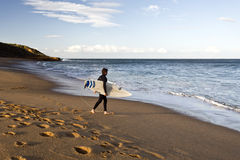 Surfista da praia de Bels foto de stock royalty free