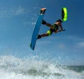 Surfista dell'aquilone Boarding Fotografia Stock