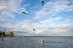 Surfista dell'aquilone in Orth fotografie stock libere da diritti