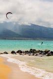 Surfista dell'aquilone sulla spiaggia Fotografia Stock Libera da Diritti