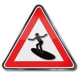 Surfista e praticare il surfing sul mare illustrazione vettoriale