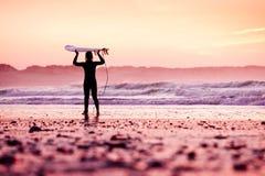 Surfista femminile Immagine Stock