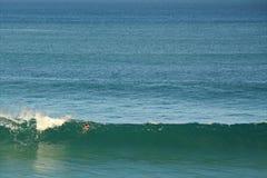 Surfista grande da onda Imagens de Stock