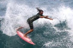 Surfista nel ricciolo Fotografia Stock Libera da Diritti