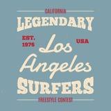 Surfistas legendários tirados mão da cópia da forma do fato do vintage para o t-shirt Fotografia de Stock Royalty Free