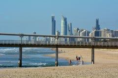 Surfistas no paraíso Queensland Austrália dos surfistas Imagens de Stock Royalty Free