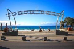 Surfistas paraíso, Qld, Gold Coast sim é um paraíso dos surfistas foto de stock