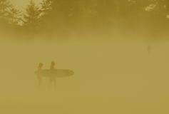 Surfisti di Orangecast Tofino Immagini Stock