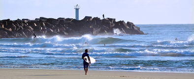 Surfisti nel paradiso Queensland Australia dei surfisti Fotografia Stock