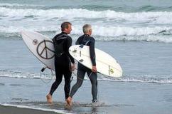 Surfować - odtwarzanie i sport Zdjęcia Stock