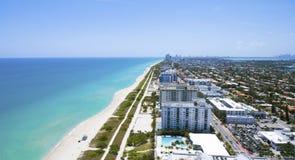 Surfside Miami Floryda Oceanu przodu siedziby Obrazy Royalty Free