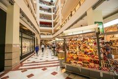 Suria KLCC köpcentrum Fotografering för Bildbyråer