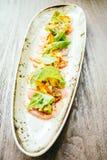 Surowa świeża tuńczyka rybiego mięsa sałatka z avocado i mango Obraz Stock
