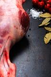 Surowa jagnięca noga Fotografia Stock