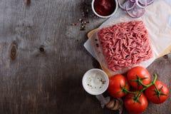 Surowa minced wieprzowina dla hamburgeru Zdjęcie Royalty Free