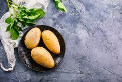 surowa ziemniaka Zdjęcia Stock