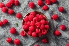 Surowe Czerwone Organicznie malinki zdjęcie royalty free