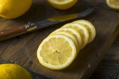 Surowe Organicznie Żółte cytryny Fotografia Royalty Free