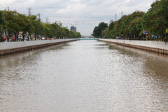 Surowej wody kanał (Klong Prapa) Obrazy Stock
