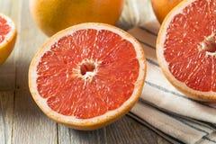 Surowi Organicznie Rubinowi Czerwoni Grapefruits zdjęcia royalty free