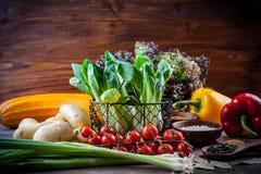 Surowi warzywa z pikantność zdjęcie royalty free
