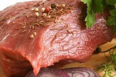 surowy świeży wołowiny mięso Fotografia Stock