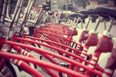 Surowy czerwony bycicle Zdjęcia Royalty Free