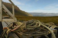 Surowy północny krajobraz szorstka arkana na tle góry obrazy stock