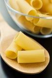 surowy włoski makaron obraz stock