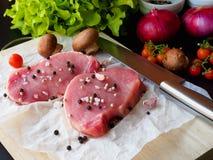 Surowy wieprzowina kotlecika stek Zdjęcie Stock