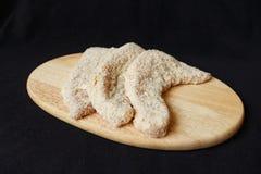Surowy wieprzowiny schnitzel z breadcrumbs Obraz Stock