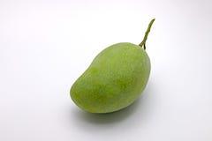 Surowy Zielony mango na Białym tle Obraz Royalty Free