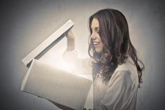 Surpresa Illuminating foto de stock