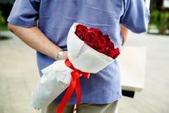 Surprise romantique d'anniversaire de mariage d'amour Images stock