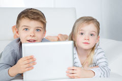 Surprised little boy and girl Royalty Free Stock Photo
