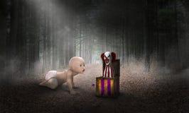 Surreal Baby, Clown, Bos, Gevaar stock afbeeldingen