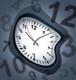 Surreal klok als tijdsymbool royalty-vrije illustratie