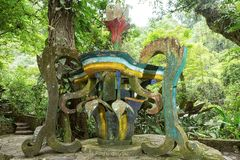Surrealistische Betonkonstruktion bei Edward James arbeitet Xilitla Mexiko im Garten lizenzfreies stockbild