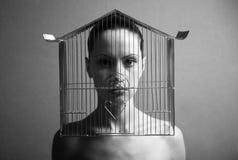 Surrealistische vrouw met kooi Stock Fotografie