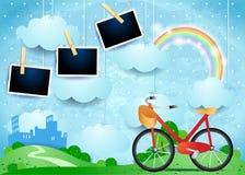 Surrealistyczny krajobraz z małymi miasta, roweru i fotografii ramami, Fotografia Stock