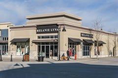 SURREY, CANADÁ - 10 de febrero de 2019: Centro comercial de la tienda de Melanie Lyne o plaza de compras en la vecindad de Sunnys foto de archivo libre de regalías