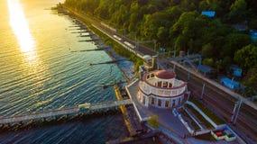 Surrsikt av Matsesta den marin- stationen, Sochi, Ryssland royaltyfria foton