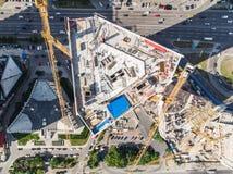 Surrsikt på byggnad under konstruktion royaltyfria bilder
