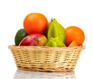 Surtido de frutas exóticas en cesta Fotografía de archivo libre de regalías
