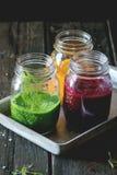 Surtido de smoothies vegetales fotos de archivo libres de regalías