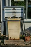 Surtidor de gasolina viejo Imagen de archivo