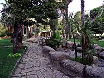 Sururi公园、Beyoglu伊斯坦布尔树&小河 库存图片