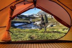 Surveillance de tente en Norvège Photographie stock libre de droits